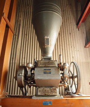 昭和30年代の製粉機
