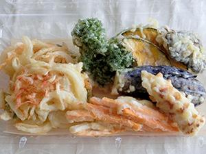 惣菜部天ぷら盛り合わせ